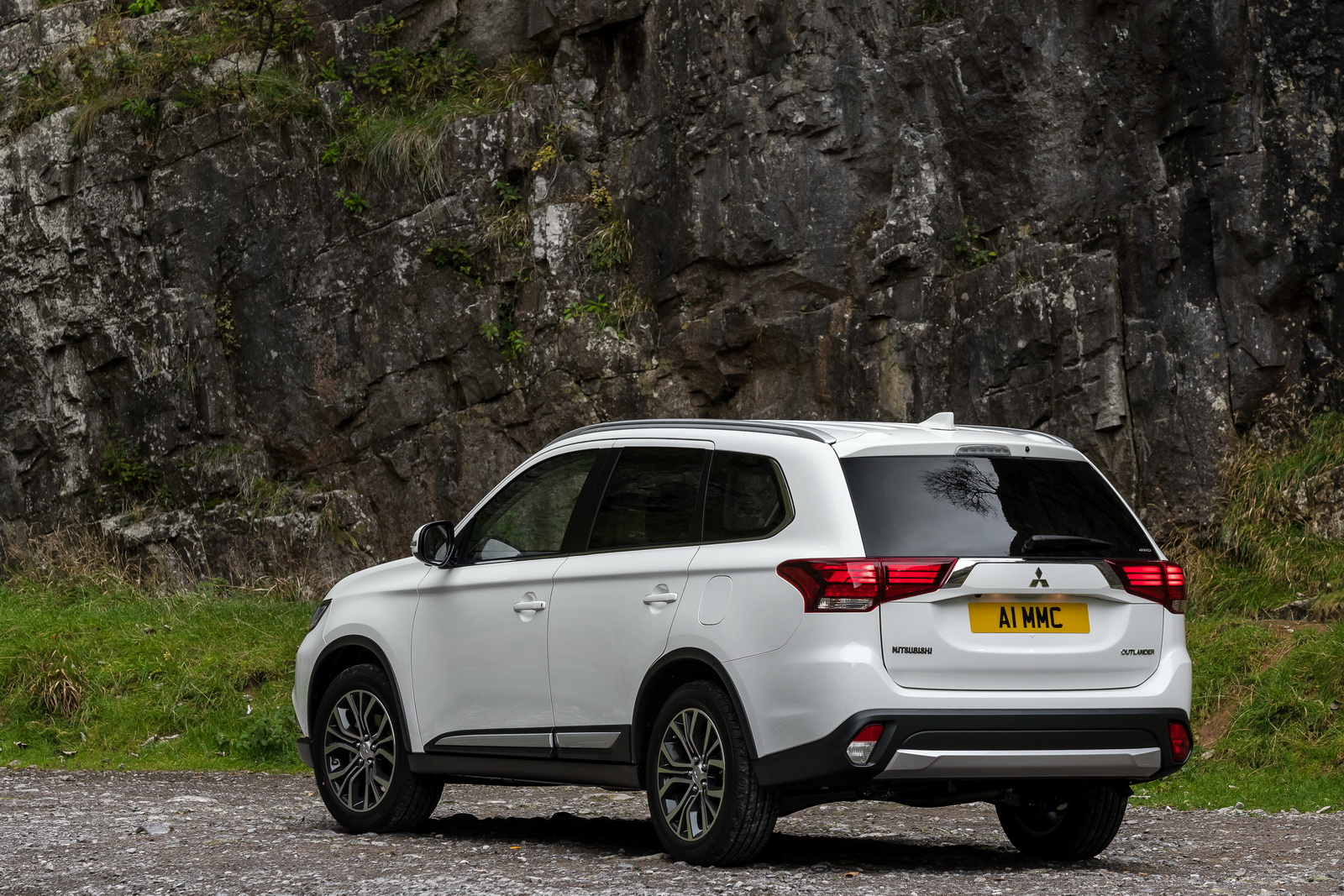 mitsubishi outlander 2017 owners manual