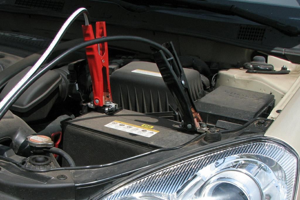 how to start a manual car with a dead battery