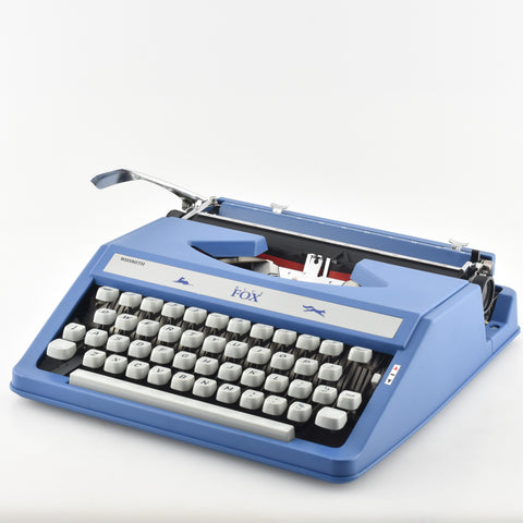 how to use a manual typewriter
