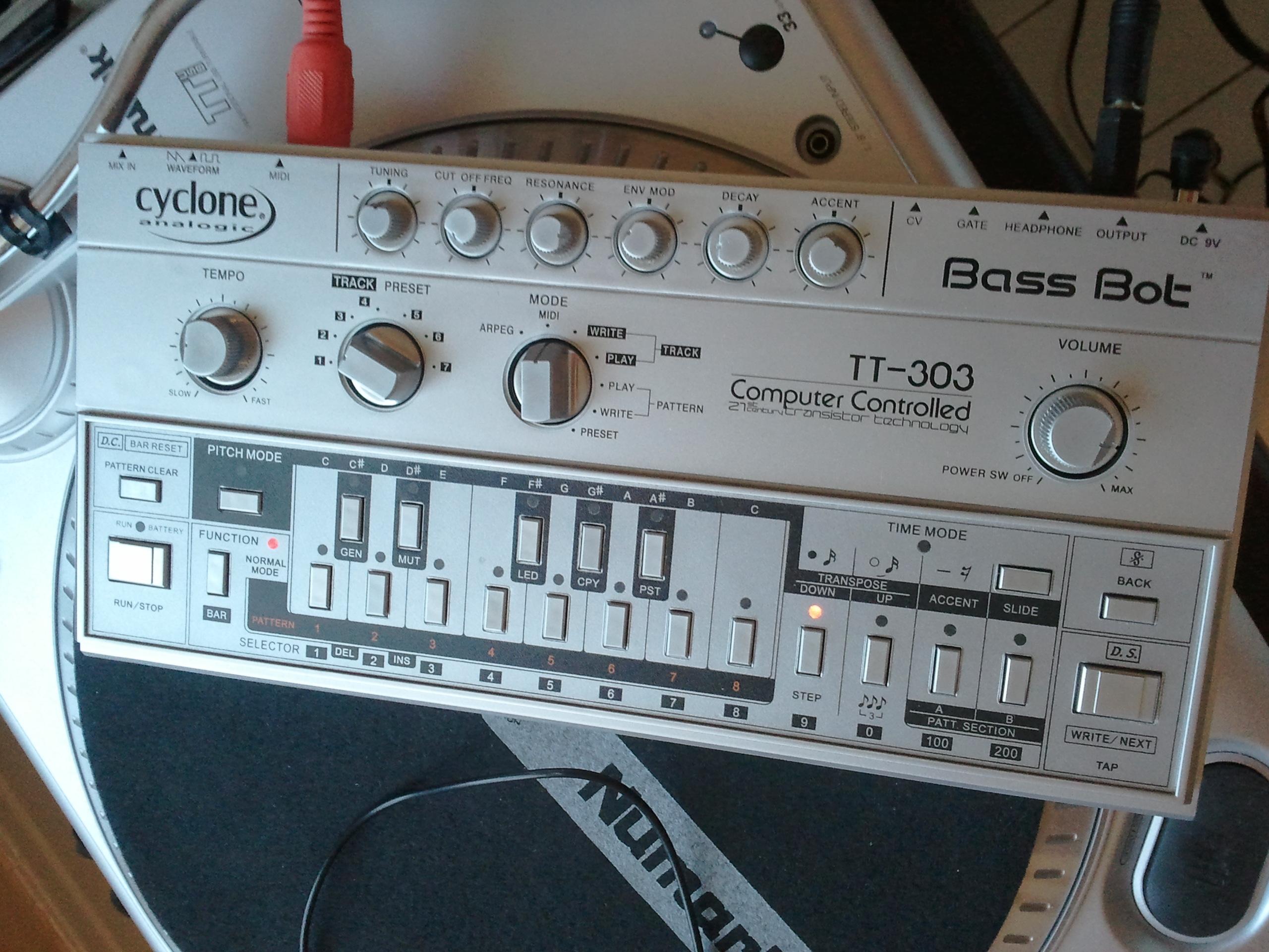 bass bot tt 303 manual