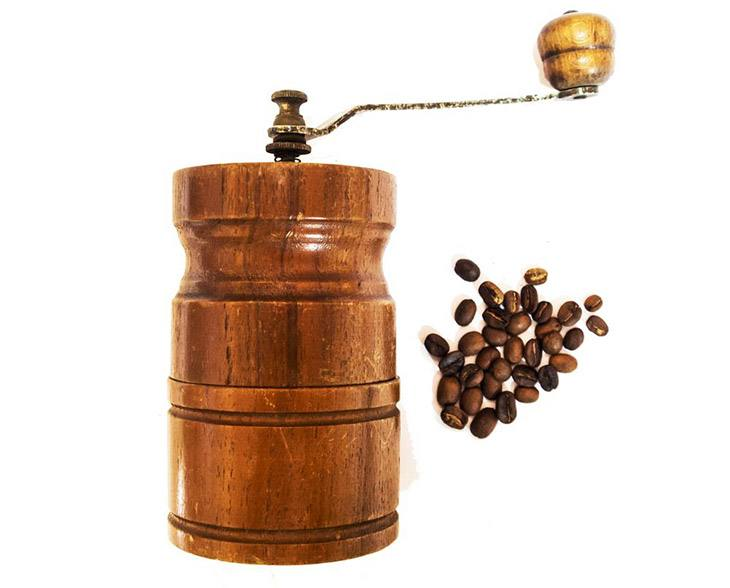 the best manual coffee grinder